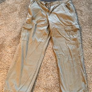 Other - Men's cargo style pants